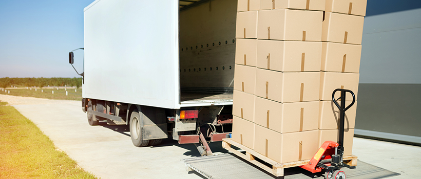 manipulación de carga en camiones