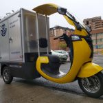 Ciclomotores eléctricos scoobic, equipados con cajón isotérmico